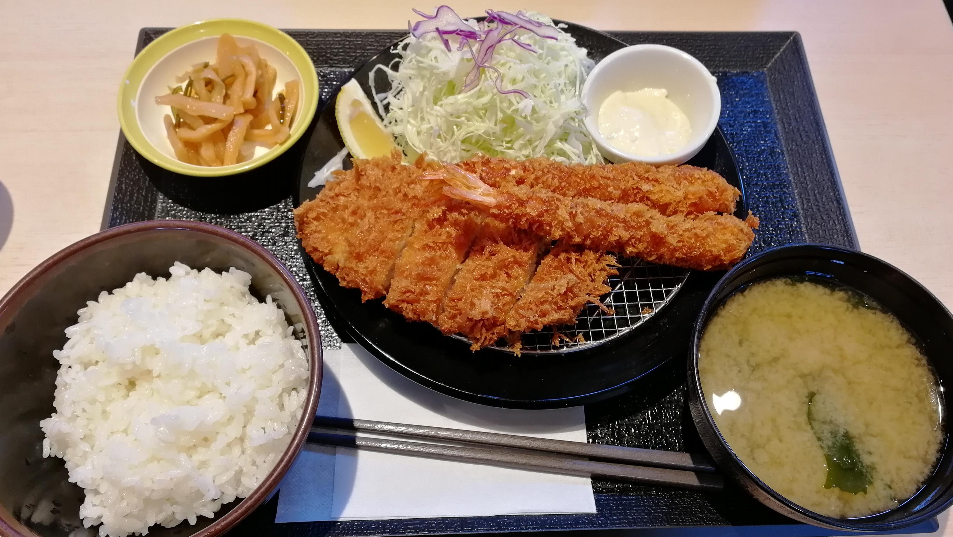 松のやのロースかつ&海老フライ定食